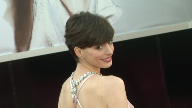 Anne Hathaway at 85th Annual Academy Awards Arrivals on 2/24/13 in Los Angeles CA