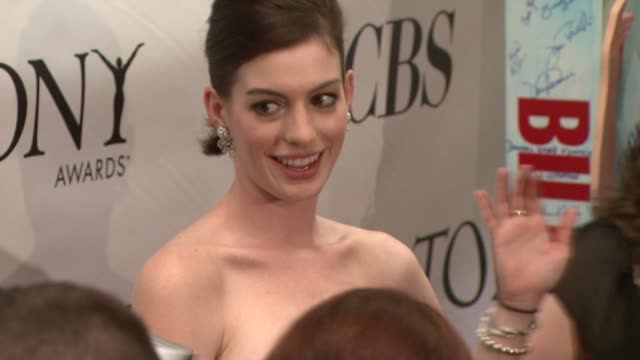 Anne Hathaway at the 63rd Annual Tony Awards Red Carpet at New York NY