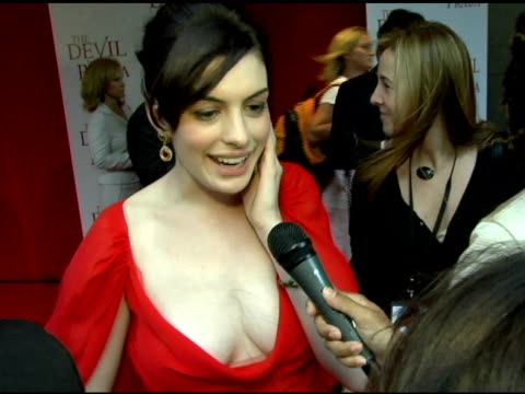 Anne Hathaway on Meryl Streep being focused having so much fun with Emily Blunt and Stanley Tucci and her first job at the 'The Devil Wears Prada'...