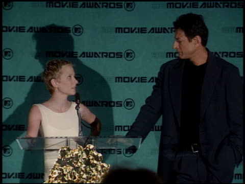 anne heche at the 1998 mtv movie awards pool feed at barker hanger in santa monica, california on may 30, 1998. - anne heche stock videos & royalty-free footage
