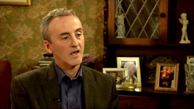 william roache and kieran roberts interviews england manchester int kieran roberts interview sot william roache interview sot - ウィリアム・ローチ点の映像素材/bロール