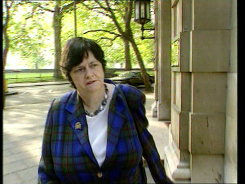 anne widdecombe resigns; d)ltn lib england: london: westminster: ext former minister ann widdecombe mp along - ann widdecombe stock videos & royalty-free footage