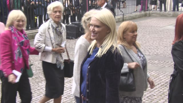 anneka rice at a service of thanksgiving for the life and work of sir terry wogan at westminster abbey on september 27, 2016 in london, england. - terry wogan stock-videos und b-roll-filmmaterial