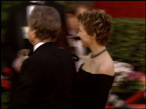 annette bening at the 2005 academy awards at the kodak theatre in hollywood, california on february 27, 2005. - annette bening stock videos & royalty-free footage