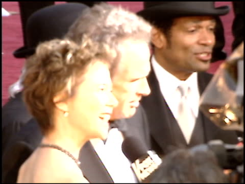annette bening at the 2005 academy awards at the kodak theatre in hollywood, california on february 27, 2005. - 77th annual academy awards stock videos & royalty-free footage