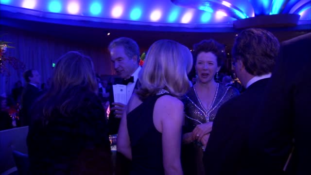annette bening at the 2011 governors ball at hollywood ca - annette bening stock videos & royalty-free footage