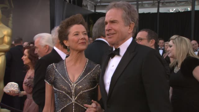 annette bening warren beatty at the 83rd annual academy awards arrivals pool cam at hollywood ca - annette bening stock videos & royalty-free footage