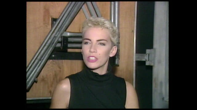 "annie lennox, speaking in 1986,on the release of the song 'sisters are doing it for themselves' and its message while filming the video: ""i think... - pop musician stock videos & royalty-free footage"