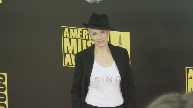 Annie Lenox at the 2008 American Music Awards at Los Angeles CA