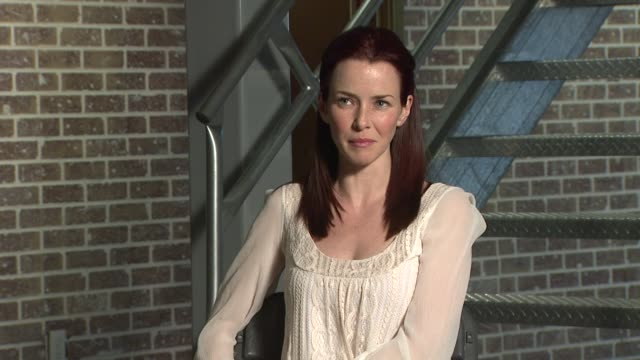 annie wersching on working hard and being successful in hollywood at the behind the scenes annie wersching at los angeles ca - annie wersching stock videos and b-roll footage