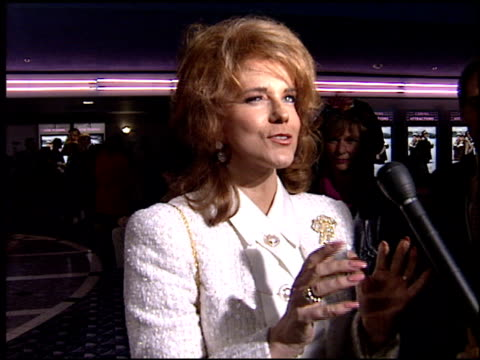 annmargret at the 'grumpy old men' premiere on october 15 1993 - ann margret stock videos & royalty-free footage