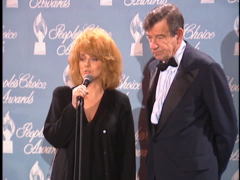 annmargret at the peoples choice awards 96 at universal studios - ann margret stock videos & royalty-free footage