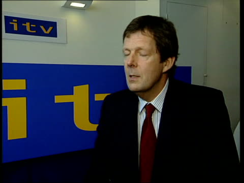 vídeos de stock e filmes b-roll de itn announce expansion plans stuart prebble interviewed sot it is a very good way of indicating to ordinary viewers that it is much easier than they... - ally mccoist