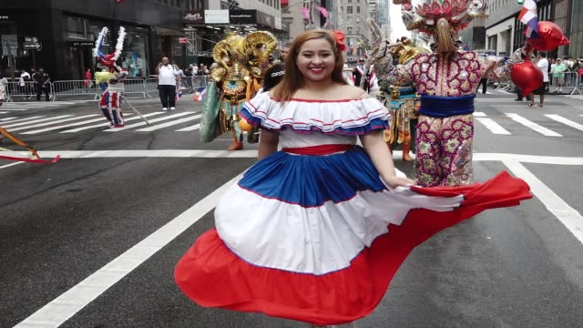 annual hispanic day parade on fifth avenue in manhattan new york city usa - desfile stock-videos und b-roll-filmmaterial