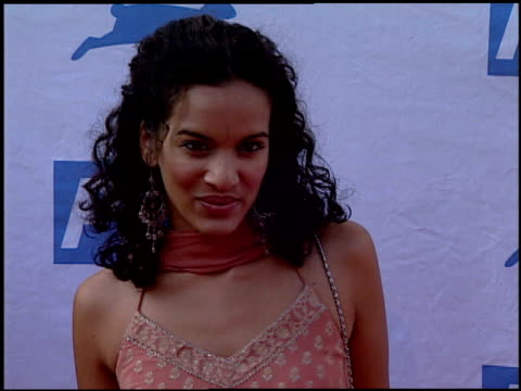 anoushka shankar at the peta's 25th anniversary gala and humanitarian awards show at paramount studios in hollywood california on september 10 2005 - 25th anniversary stock videos & royalty-free footage