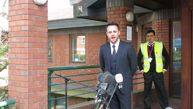 stockvideo's en b-roll-footage met ant mcpartlin arrives at wimbledon magistrates court charged with drink driving offences at celebrity sightings in london on april 16 2018 in london... - ant mcpartlin