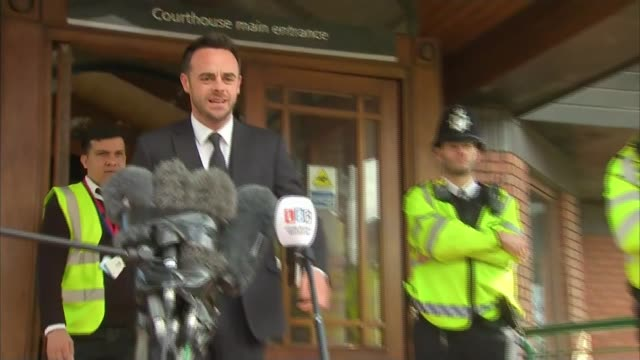 stockvideo's en b-roll-footage met ant mcpartlin fined 86000 pounds after pleading guilty to drink driving london wimbledon magistrates' court photography** ant mcpartlin departing... - ant mcpartlin