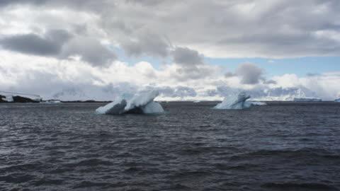 antarctica, glaciers - 40 sekunder eller längre bildbanksvideor och videomaterial från bakom kulisserna
