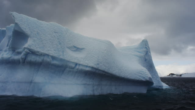 vídeos de stock, filmes e b-roll de antarctica, glaciers - gelo