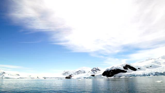 antarctica: paradise harbour - antarctic ocean stock videos & royalty-free footage