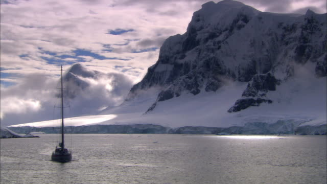 MS, PAN, Antarctica, Yacht sailing in scenic inlet