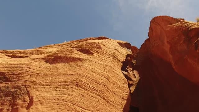 antelope canyon sky shot - slot canyon stock videos & royalty-free footage