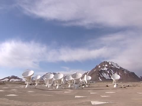 antennas of alma the world's most powerful radio telescope high up in the atacama desert chile - atacama large millimeter array stock videos and b-roll footage