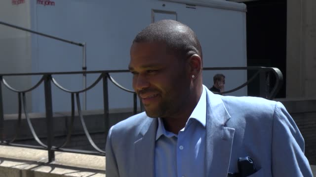 anthony anderson at aol event in manhattan in new york, ny, on 4/30/13. - anthony anderson stock videos & royalty-free footage