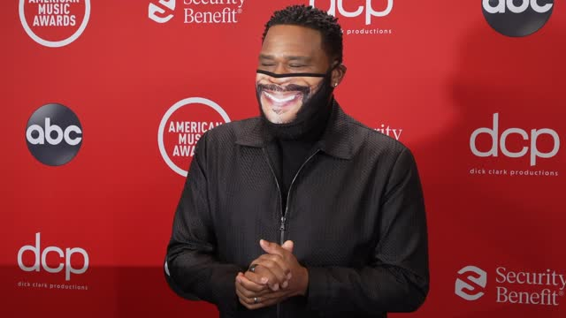 anthony anderson at the 2020 american music awards at the microsoft theater on november 22, 2020 in los angeles, california. - microsoft theater los angeles stock videos & royalty-free footage