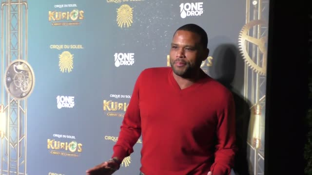 anthony anderson at the opening night of cirque du soleil's kurios cabinet of curiosities at dodger stadium in los angeles - celebrity sightings on... - anthony anderson stock videos & royalty-free footage