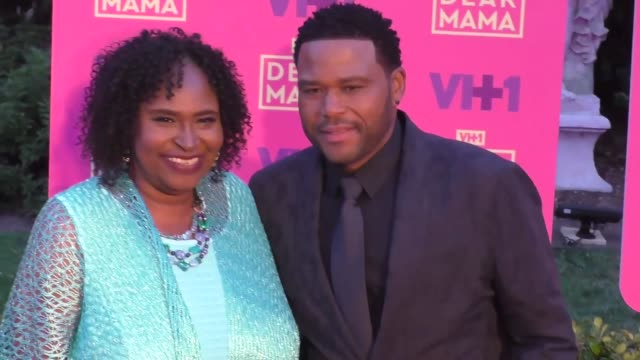 anthony anderson at the vh1 'dear mama' event at huntington library on may 06, 2017 in pasadena, california. - anthony anderson stock videos & royalty-free footage