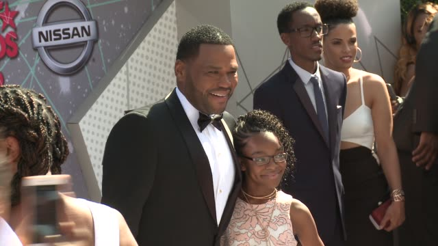 anthony anderson, marsai martin at 2016 bet awards in los angeles, ca 6/26/16 - anthony anderson stock videos & royalty-free footage
