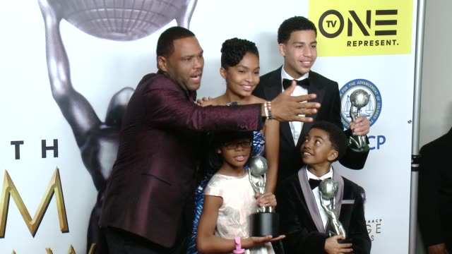 anthony anderson, marsai martin, yara shahidi, miles brown, marcus scribner at 47th naacp image awards in los angeles, ca 2/5/16 - anthony anderson stock videos & royalty-free footage