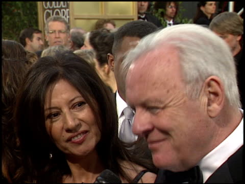 anthony hopkins at the 2006 golden globe awards at the beverly hilton in beverly hills california on january 16 2006 - anthony hopkins stock videos & royalty-free footage