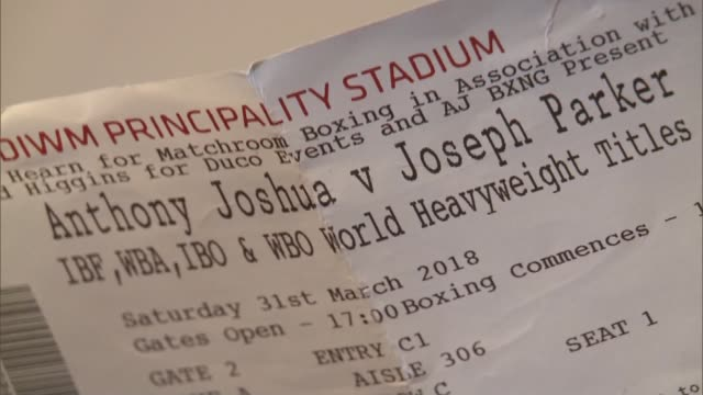 Anthony Joshua becomes triple heavyweight champion after beating Joseph Parker ENGLAND INT Sean Murphy holding ticket **Murphy interview partly...
