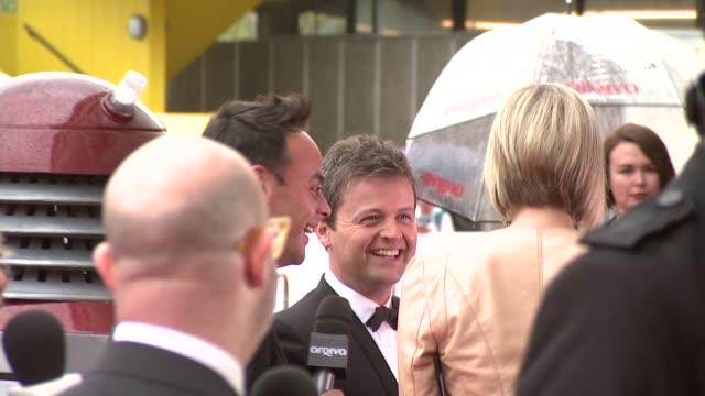 stockvideo's en b-roll-footage met anthony mcpartlin declan donnelly at bafta tv awards 2013 5/12/2013 in london uk - declan donnelly