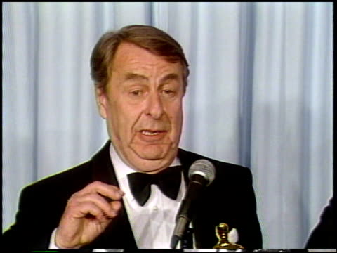 anthony quinn at the 1987 academy awards at dorothy chandler pavilion in los angeles california on march 30 1987 - dorothy chandler pavilion stock videos and b-roll footage