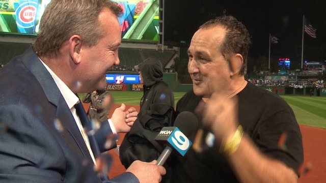 WGN Anthony Rizzo's Dad Gives Reporter Giant Bear Hug After World Series Win on Nov 2 2016