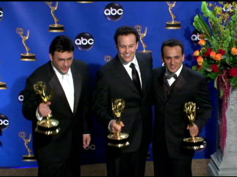 vídeos y material grabado en eventos de stock de anthony russo, mitchell hurwitz, joe russo, winners of outstanding directing for a comedy series, outstanding writing for a comedy series, 'arrested... - premio emmy anual primetime