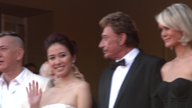 vidéos et rushes de anthony wong simon yam siufai cheung michelle ye johnny hallyday laeticia hallyday at the cannes film festival 2009 vengeance steps at cannes - igname