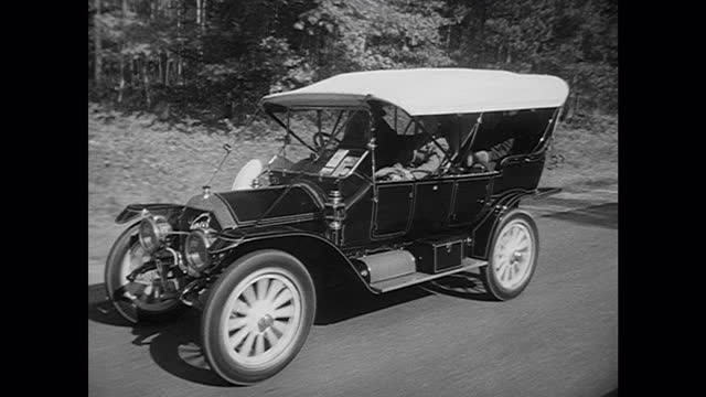 1962 antique automobile tour news story - 1930 stock-videos und b-roll-filmmaterial