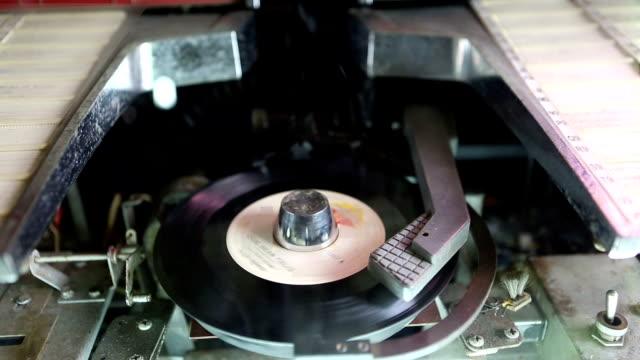 antique jukebox playing time lapse - jukebox stock videos & royalty-free footage