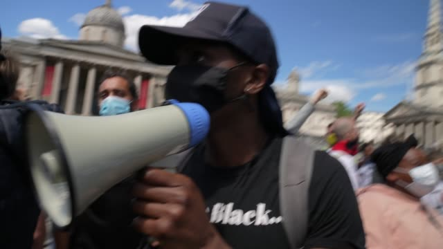 anti-racism demonstration regrouping afire clashes with far-right protesters in trafalgar square on june 13, 2020 in london, united kingdom.... - social issues stock videos & royalty-free footage