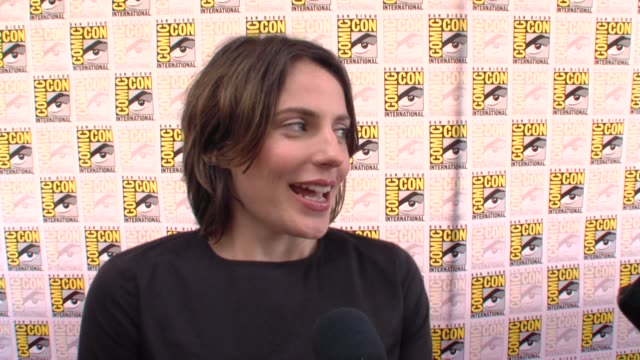 Antje Traue on the comiccon experience at the ComicCon 2009 'Pandorum' Press Line at San Diego CA