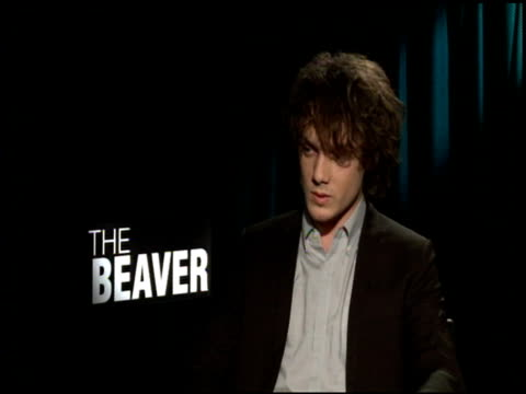 anton yelchin on the differences between his character and mel gibson's character at the 'the beaver' junker at los angeles ca - mel gibson stock videos and b-roll footage