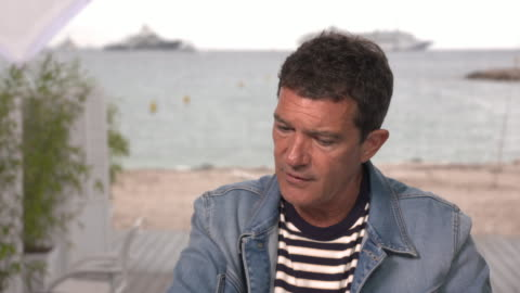 antonio banderas, actor, on being more creative later in life and how nearly dying changed him on may 18, 2019 in cannes, france. - antonio banderas video stock e b–roll