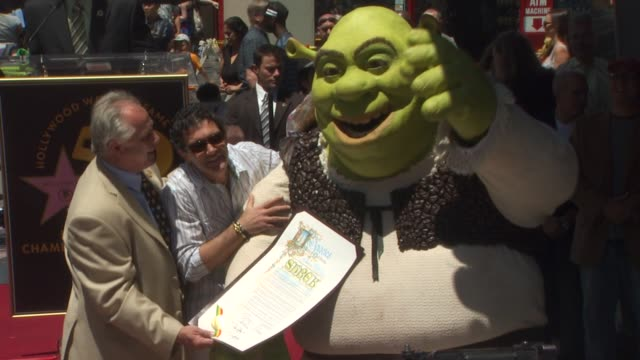 antonio banderas and shrek at the shrek honored with a star on the hollywood walk of fame at hollywood ca - antonio banderas stock videos & royalty-free footage