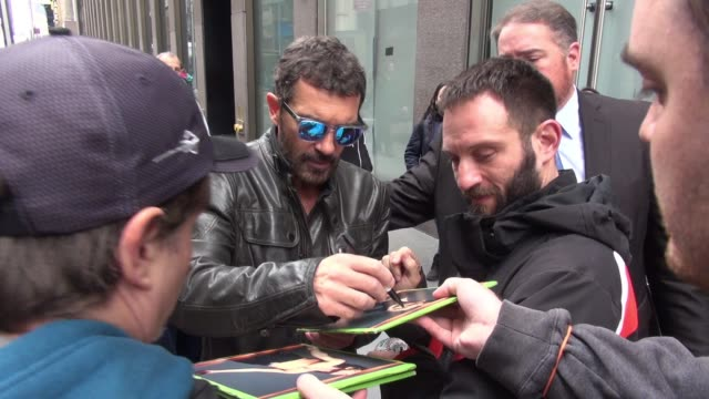Antonio Banderas at SiriusXM Satellite Radio signs and poses for photos with fans in New York City on November 02 2015 in New York City