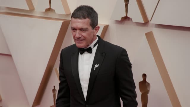 antonio banderas at the 92nd annual academy awards at dolby theatre on february 09 2020 in hollywood california - academy of motion picture arts and sciences stock videos & royalty-free footage