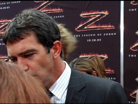 Antonio Banderas on his experience on making the movie and how he manages to have a successful Hollywood marriage at the 'The Legend of Zorro'...